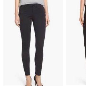 Black high waisted skinny jeans 28x26